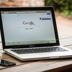 「できる100ワザ Google AdSense」は、オススメできるグーグル・アドセンスの入門書。
